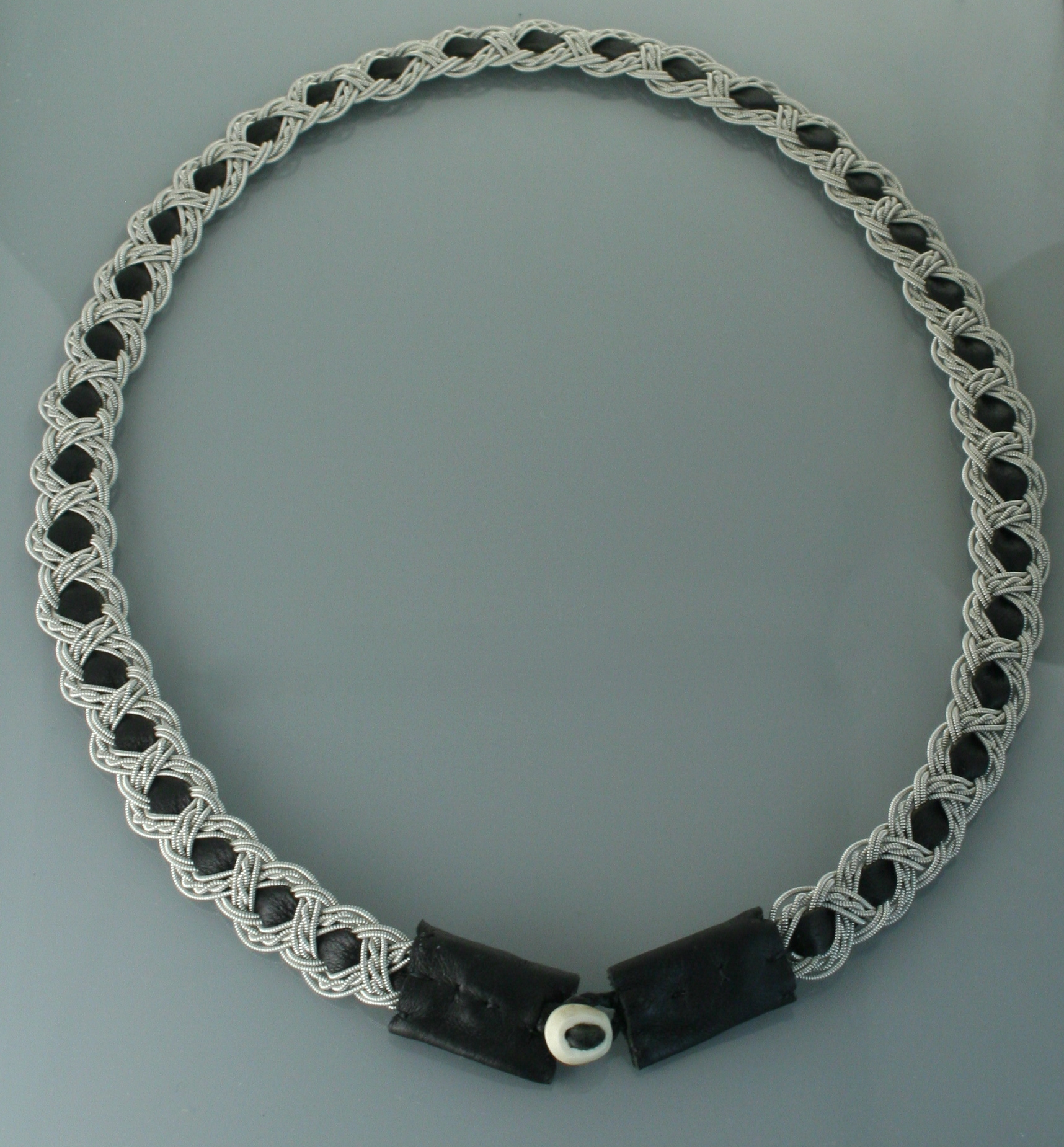 Pewter Thread Necklace Black