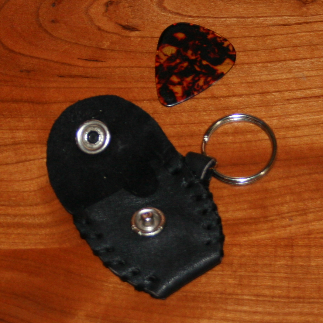 guitar pick holder (black)