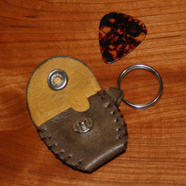 guitar pick holder (brown-grey)